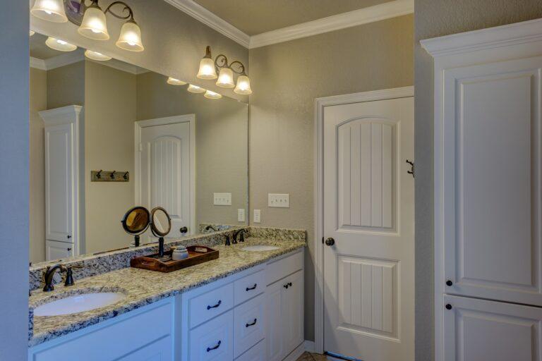 Minimalismus im Badezimmer – mehr Platz zum Entspannen und Verwöhnen