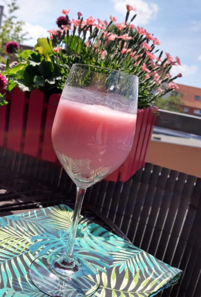 Pink Drink Sommer genießen